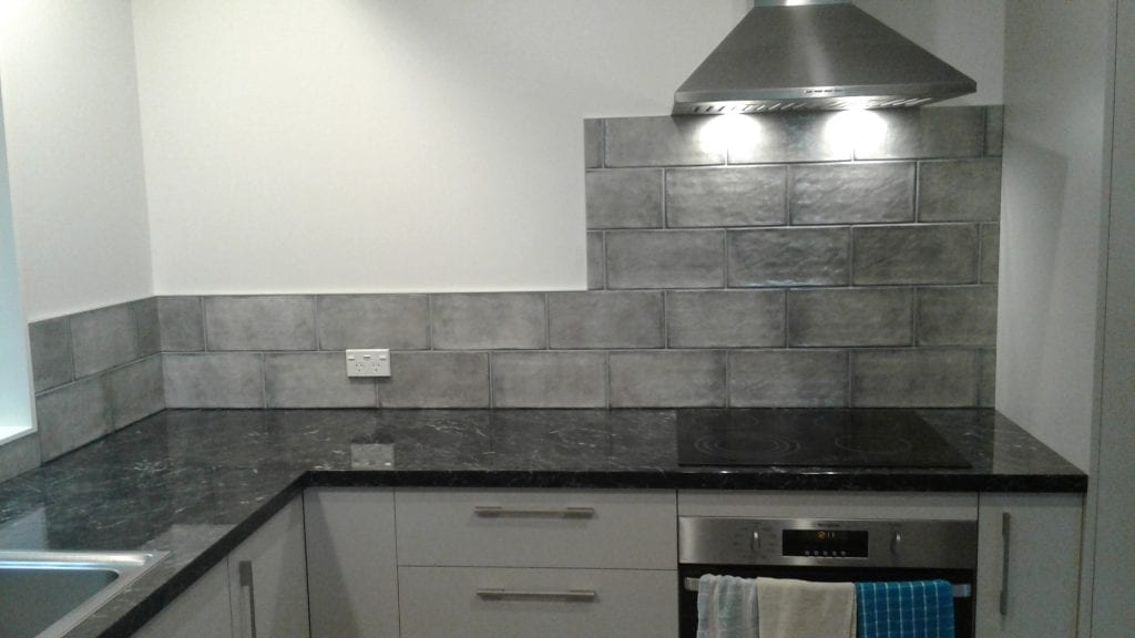 Block tiled splashback